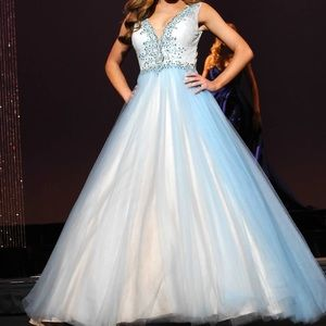Dresses & Skirts - Blue Couture Pageant/Prom dress